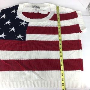 NOUVEAUX American Flag Sweater Knit Crop Top